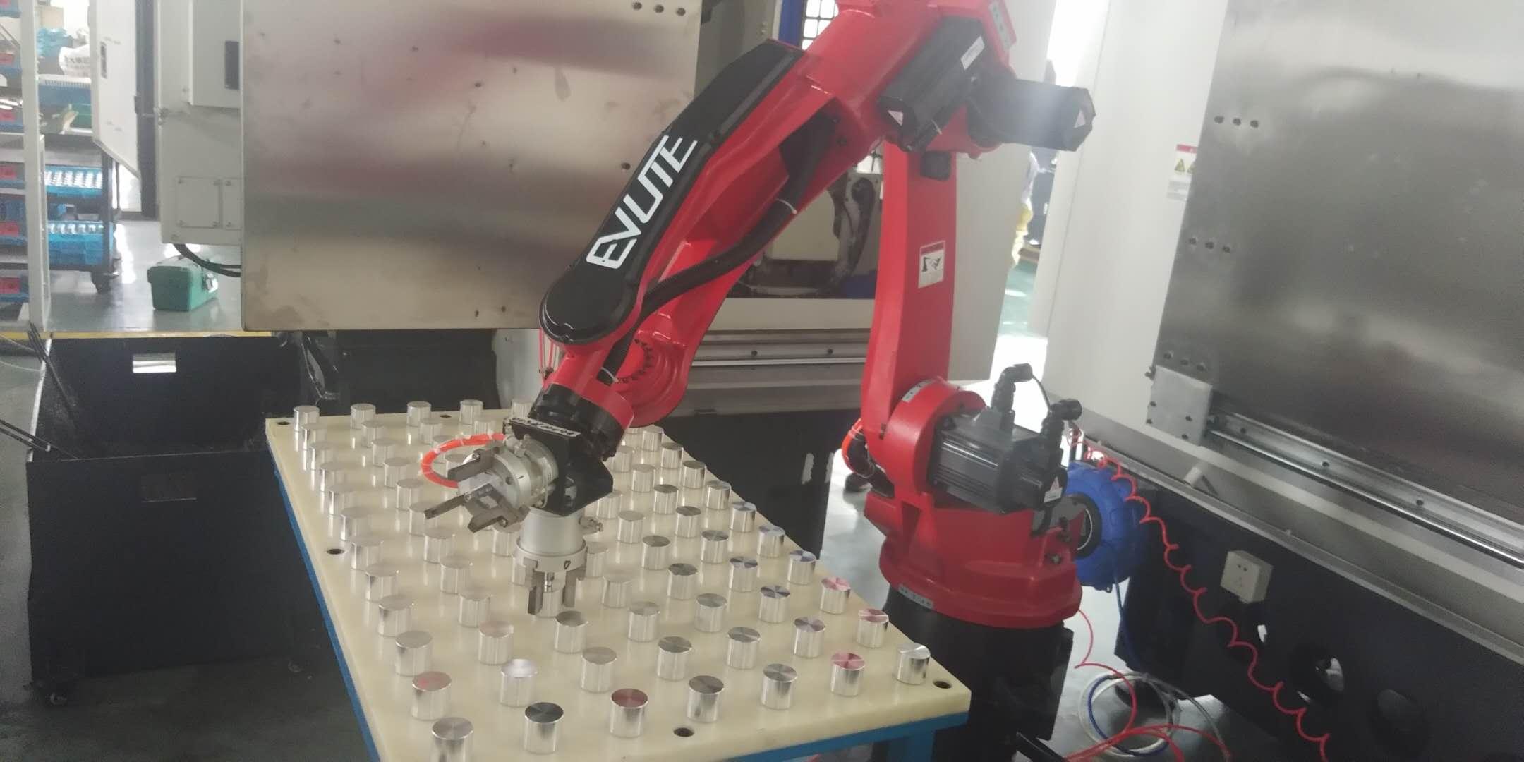 伊唯特上下料机器人