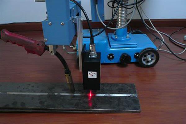 焊缝跟踪系统.jpg